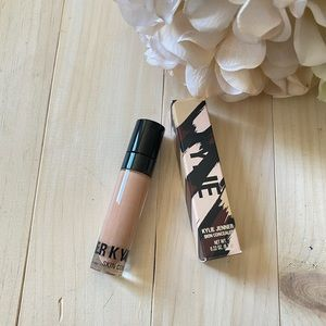 Kylie Cosmetics Skin Concealer Hickory NIB